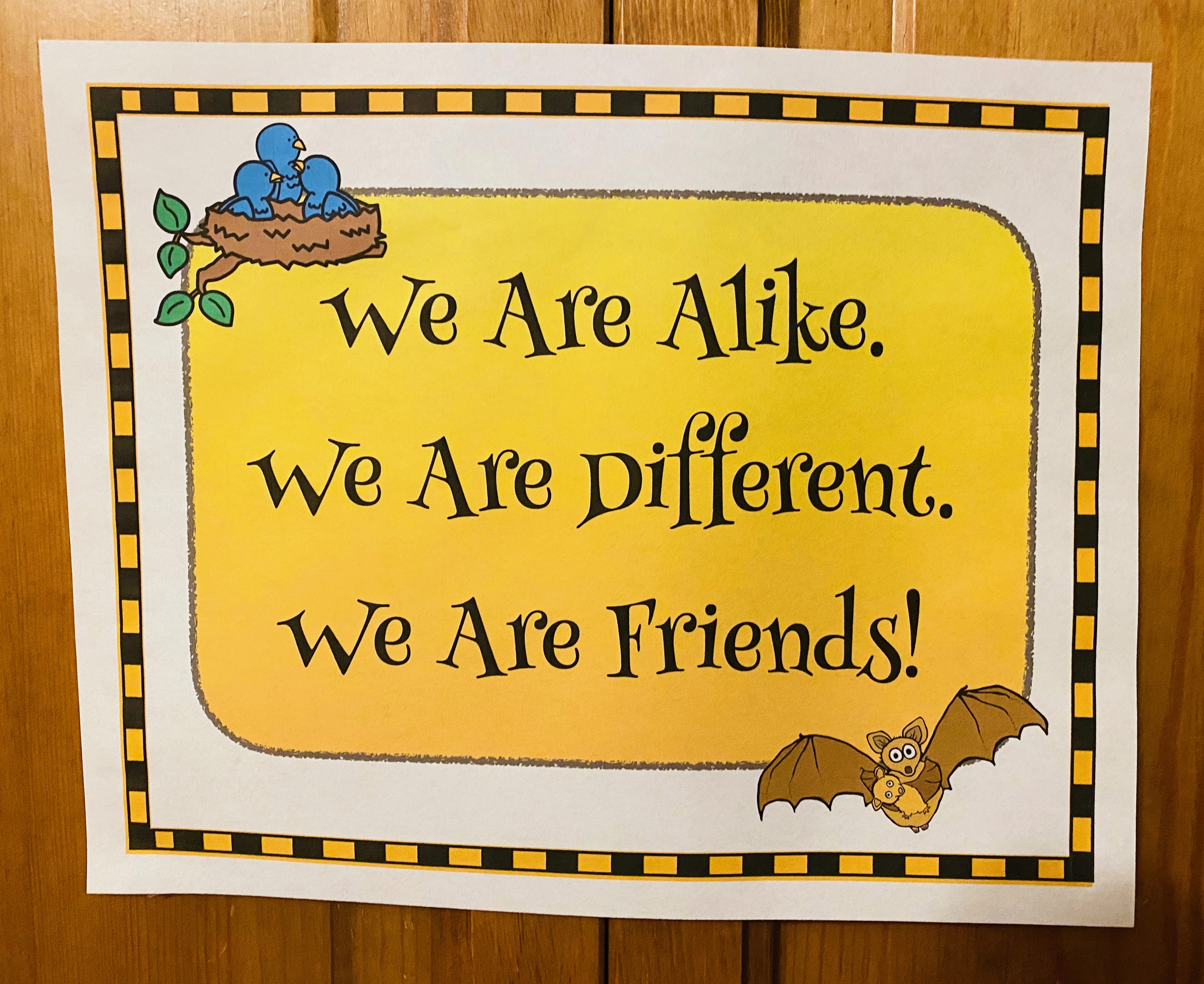 We are friends poster, venn friend bats, Stellaluna activities, bat craft, venn diagram, comparison & contrast writing, comparison & contrast posters, comparing Stellaluna with The Ugly Duckling
