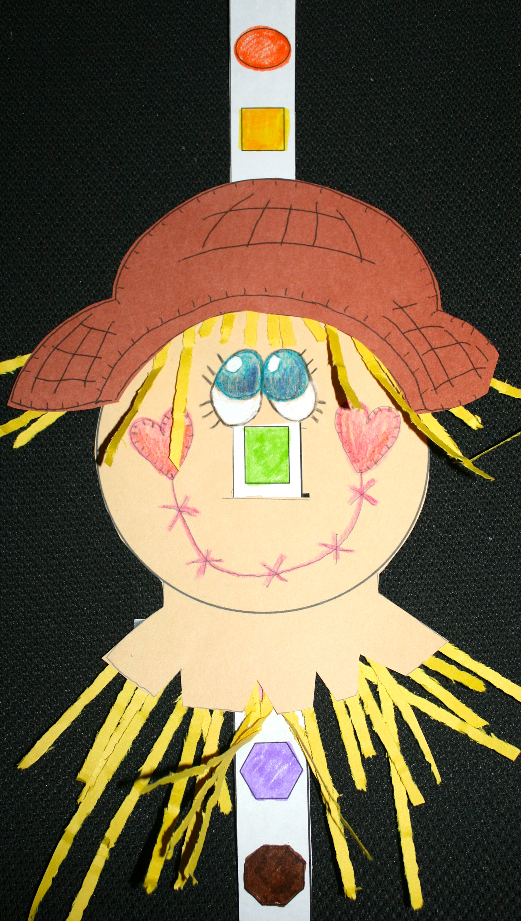 scarecrows, scarecrow crafts, shape activities, shape crafts, scarecrow activities, 2D shapes, ccss shapes