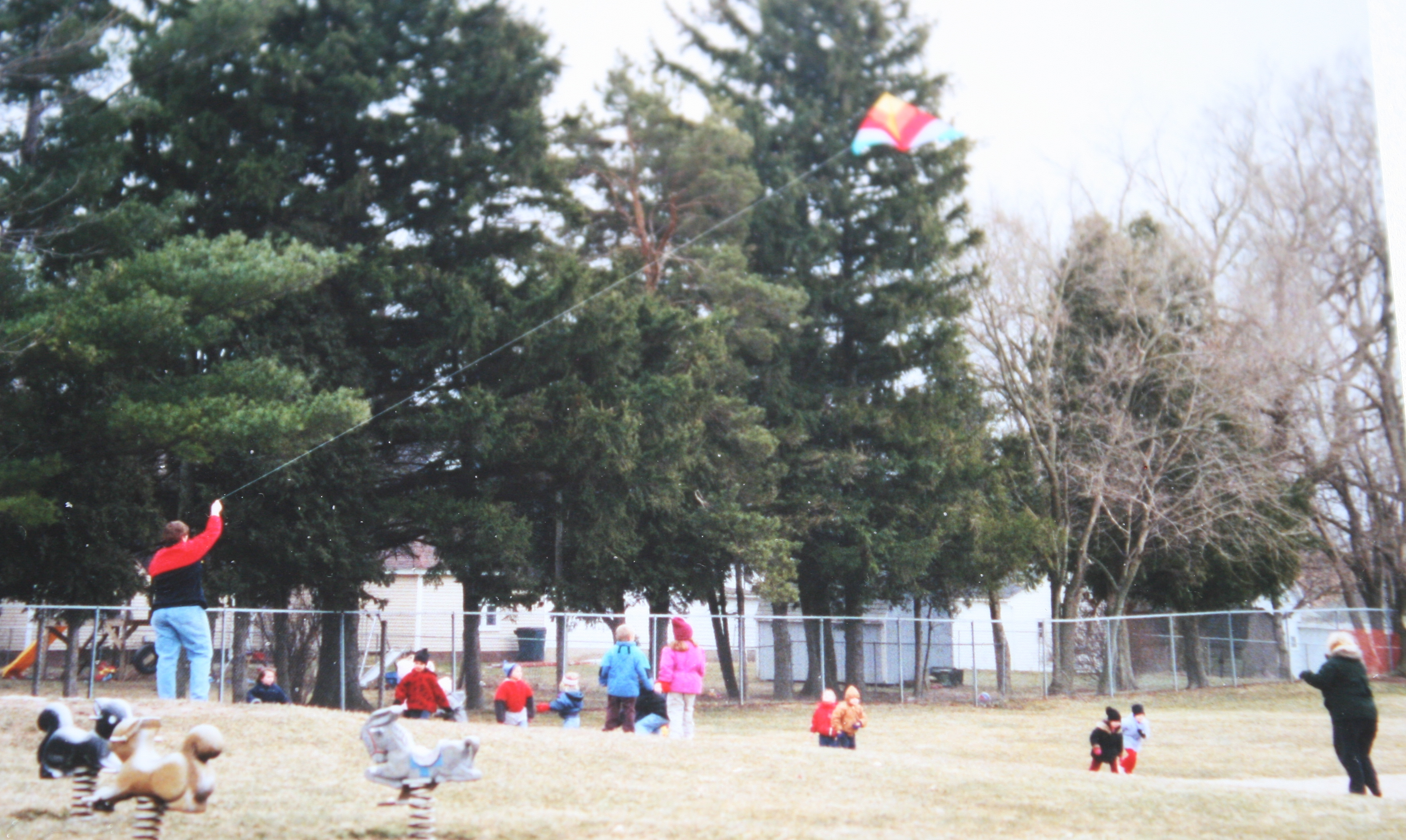 flying kites outside, kite activities, kite art projects, march bulletin board ideas, ideas for march is reading month, easy readers