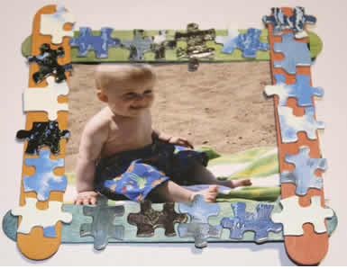 Puzzle_Photo_Frame, gifts children make, keepsake crafts, Holiday crafts, making Christmas presents, gifts for dad, mom, grandma and grandpa, December crafts for preschool kindergarten and first grade