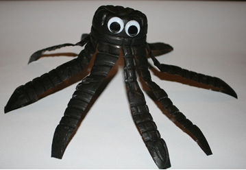 Water_bottle_spider, spider arts and crafts