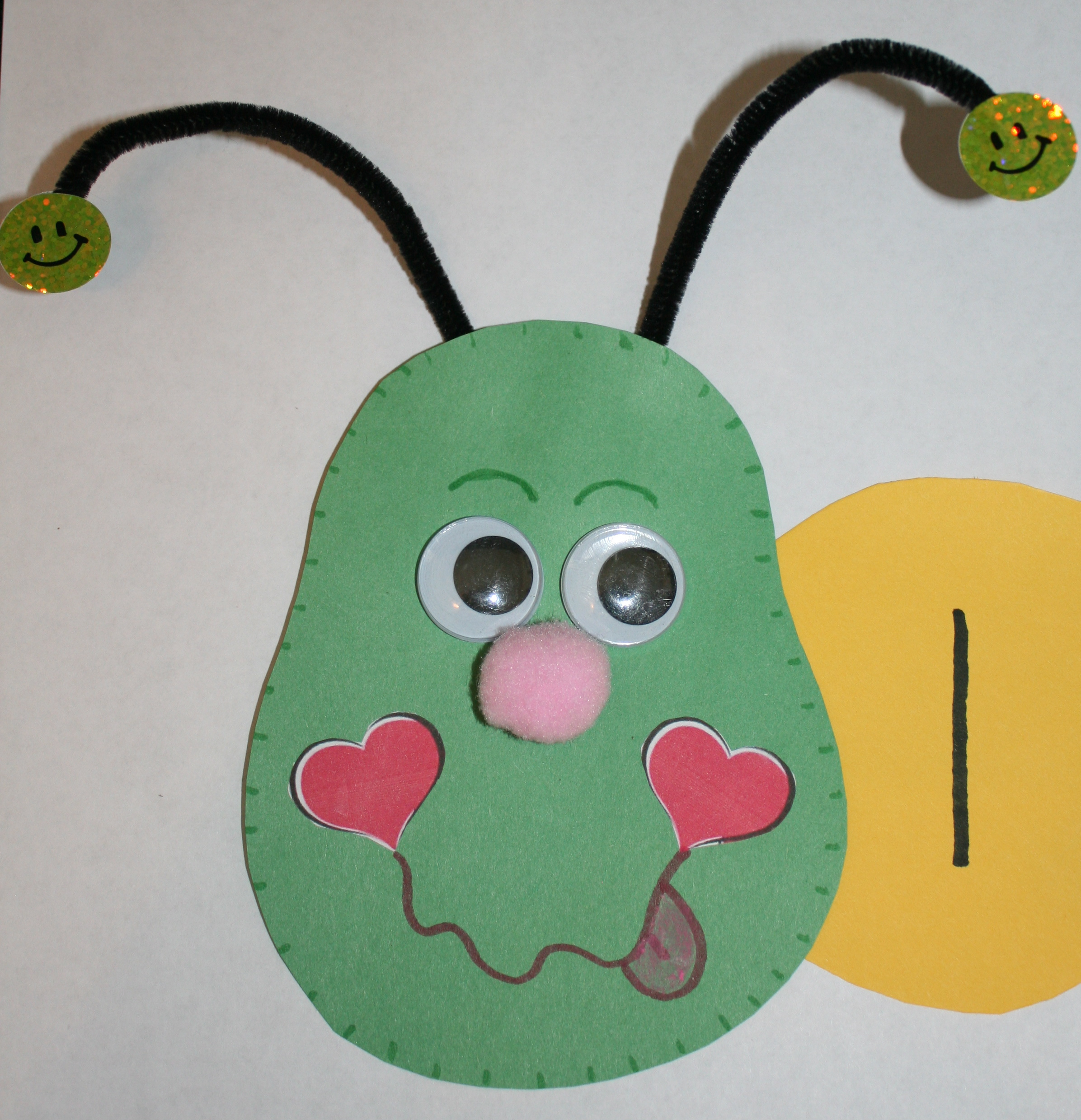 caterpillar bulletin board, ideas for counting to 100 day, 100 day interactive bulletin board, back to school ideas, first day of school ideas