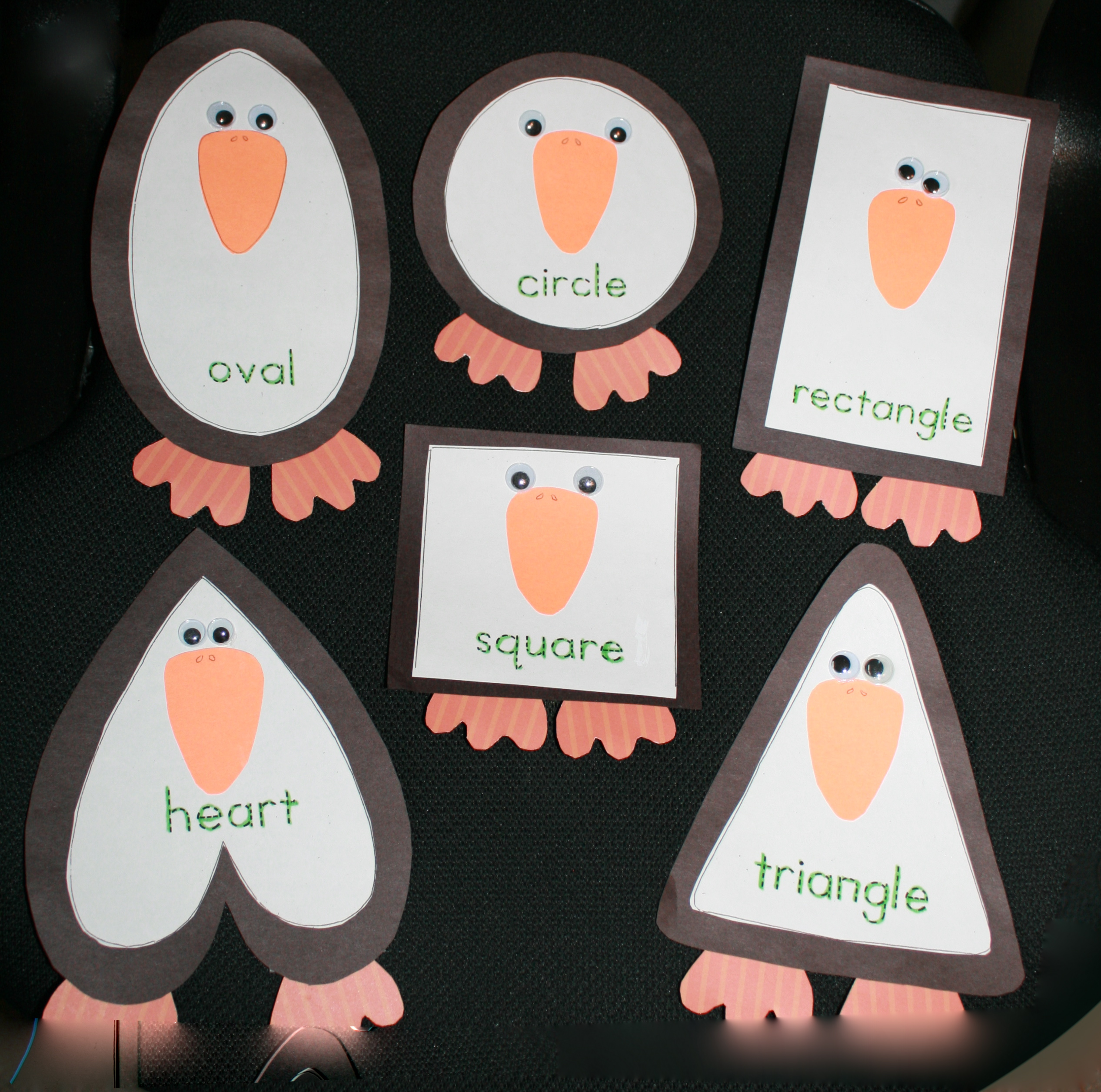 penguin activities, free Common Core lessons for kindergarten, free common core lessons for 1st grade, penguin lessons, 2D shape lessons, shape booklet, Silly Shaped Penguins, hexagon activities, pentagon activities, octagon activities,