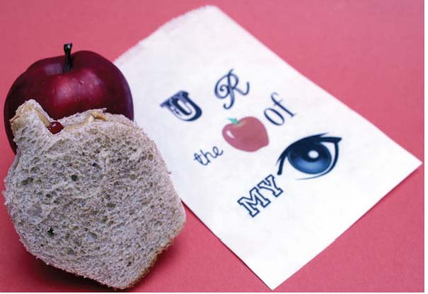 PBJ apple cookie cutter sandwich, special treats for the first day of school, ideas for back to school, recipes for back to school