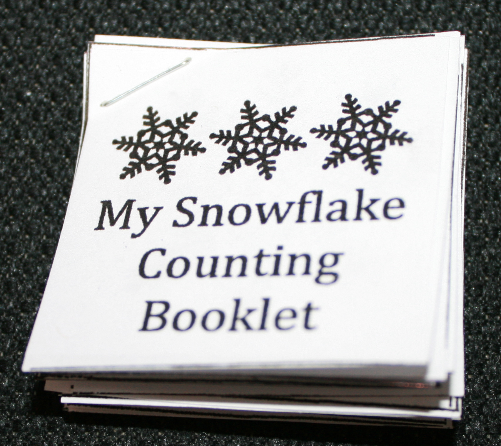 snowflake booklet, snowman activities, snowman ideas, snowman centers, snowman math centers, snowman art projects, snowman crafts, math centers, winter math centers, addition and subtraction activities, addition and subtraction snowman, snowment activities,