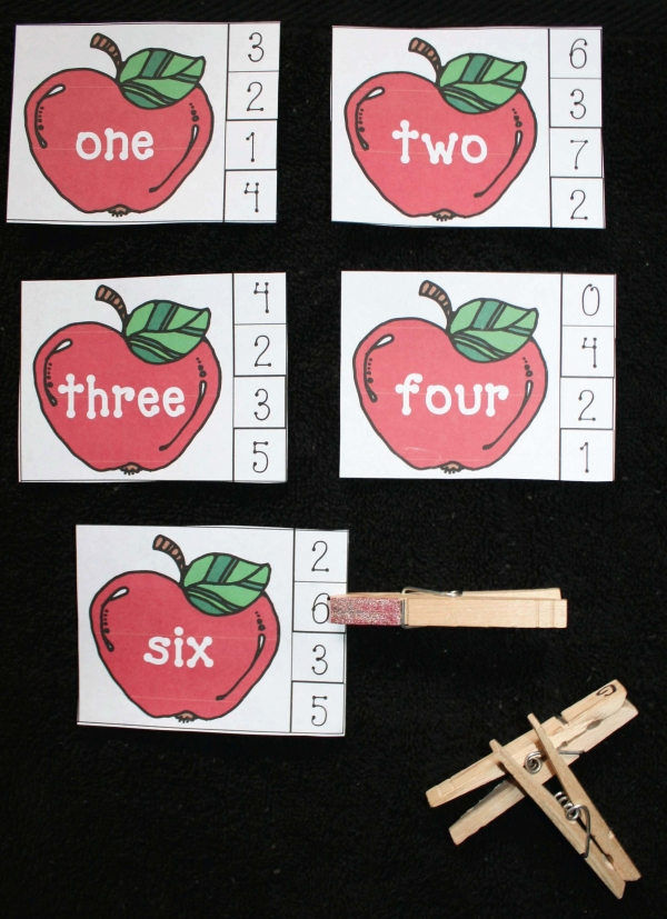 Apple Number Words Matching Game